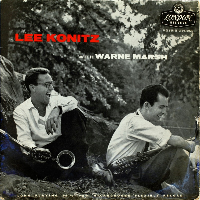 Lee Konitz (1927) links op de foto.